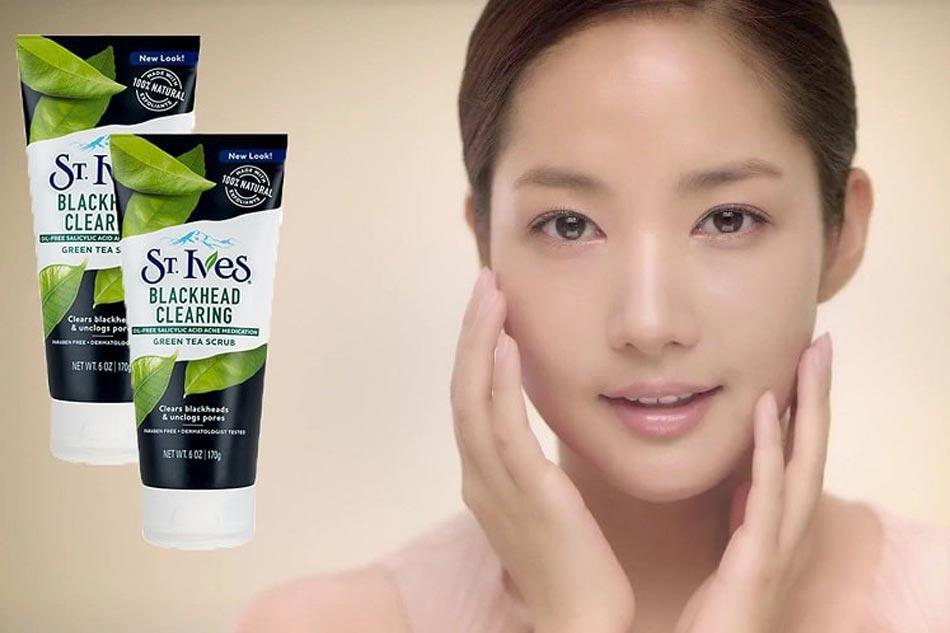 Sữa rửa mặt St.Ives Trà Xanh giúp loại bỏ bụi bẩn trên da